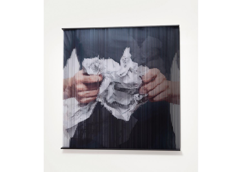 홍성철, String hands_5339, mixed media, 136 x 140 x12(cm), 2016@Hong Sungchul, String hands_5339, mixed media, 136 x 140 x12(cm), 2016